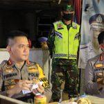 Kapolda Jambi Sambangi dan Pompa Moril Petugas di Posko Pencegahan COVID-19