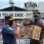 Misi Sosial KRI TLE -517 Kirim Bantuan Untuk Masyarakat Terdampak Gempa di Sulbar
